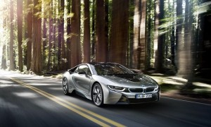 P90133047_lowRes_the-bmw-i8-09-2013
