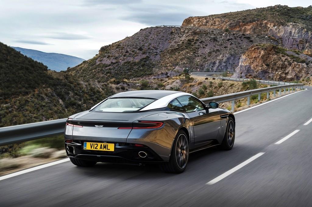 Aston Martin DB11 (10)