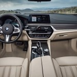 P90245028_lowRes_the-new-bmw-5-series