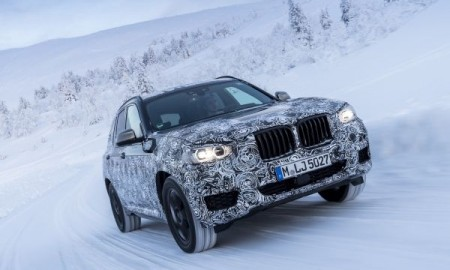 P90249825_lowRes_the-new-bmw-x3-under