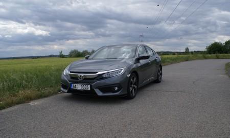 Honda Civic sedan 4d (4)