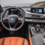 P90285395_lowRes_the-new-bmw-i8-roads