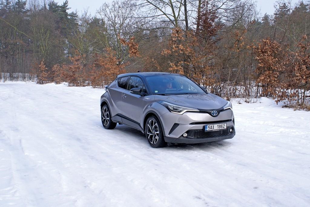 Toyota CHR (5) velká