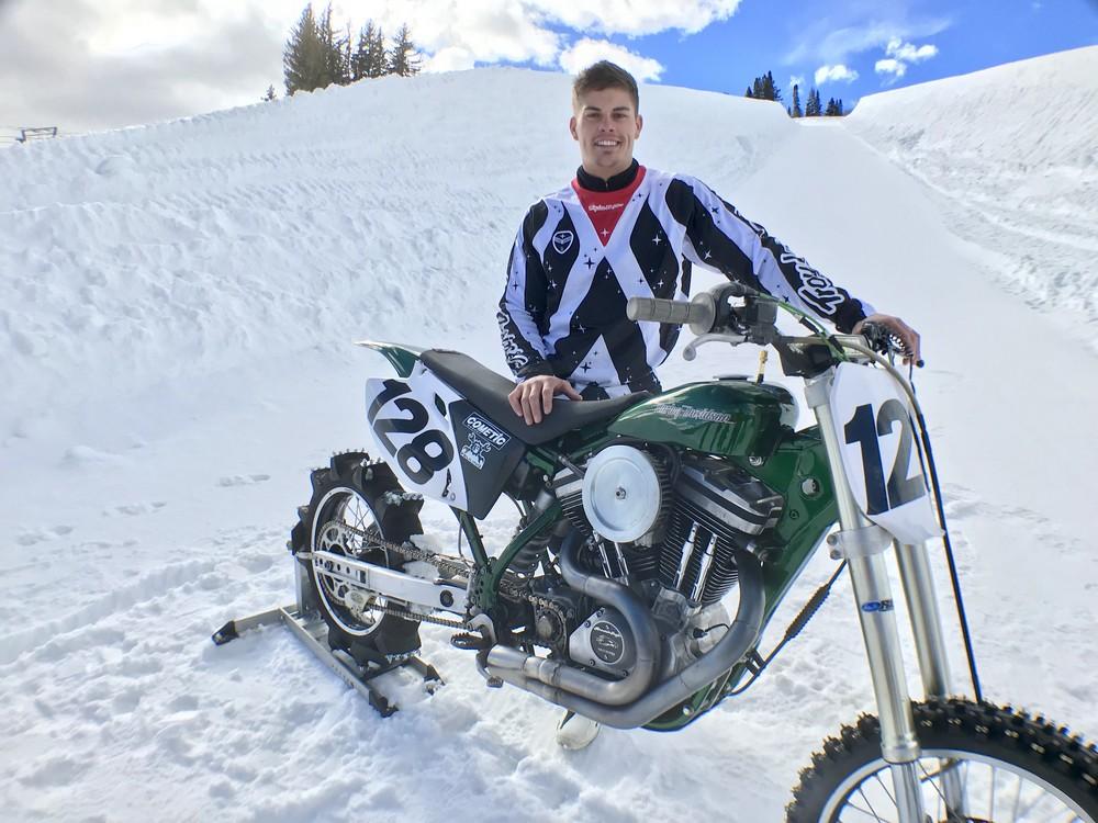 Harley na sněhu2