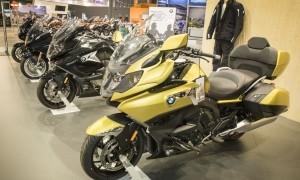 P90296322_lowRes_bmw-motorrad-at-moto