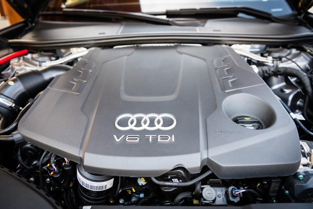 Audi_A6_lores_37