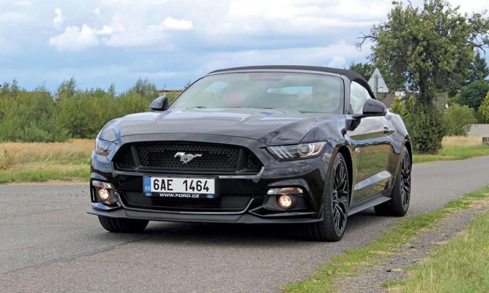 Ford Mustang (7) velká