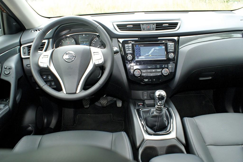 Nissan XTrail (7)