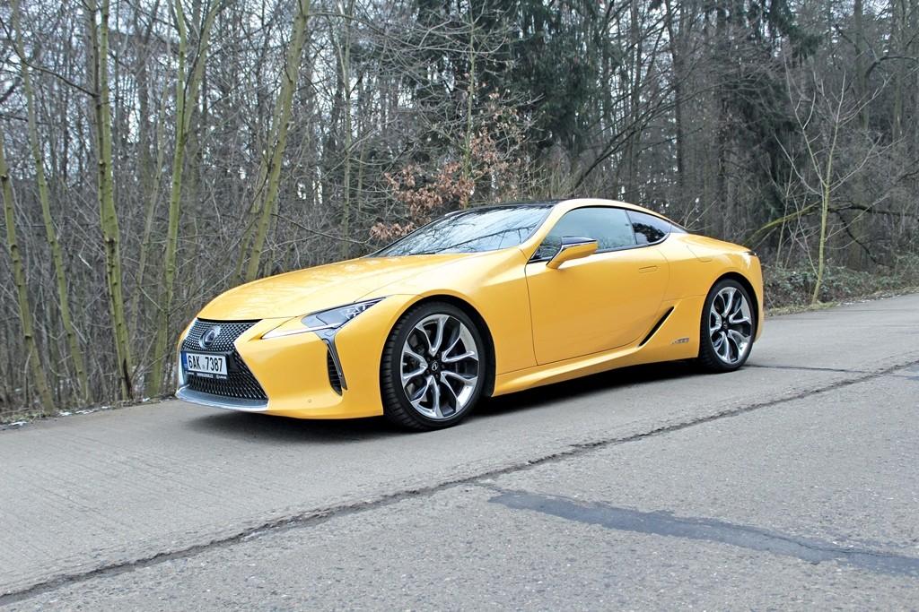 Lexus LC (3) velká