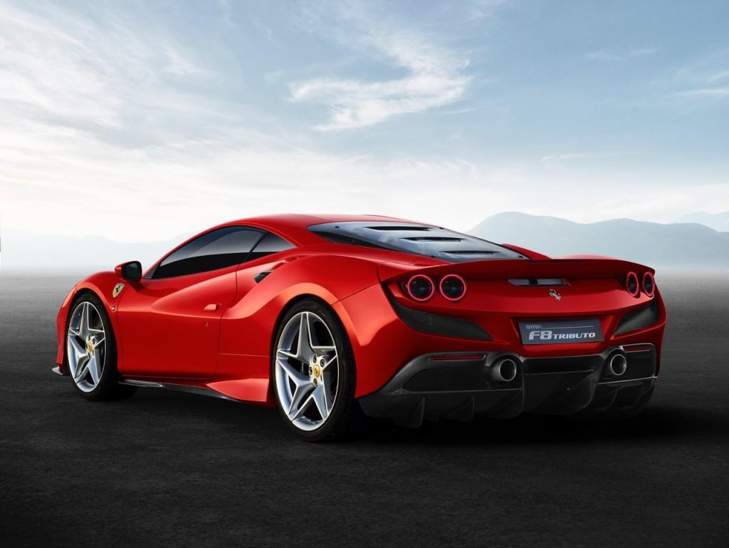 Ferrari F8 Tributo2
