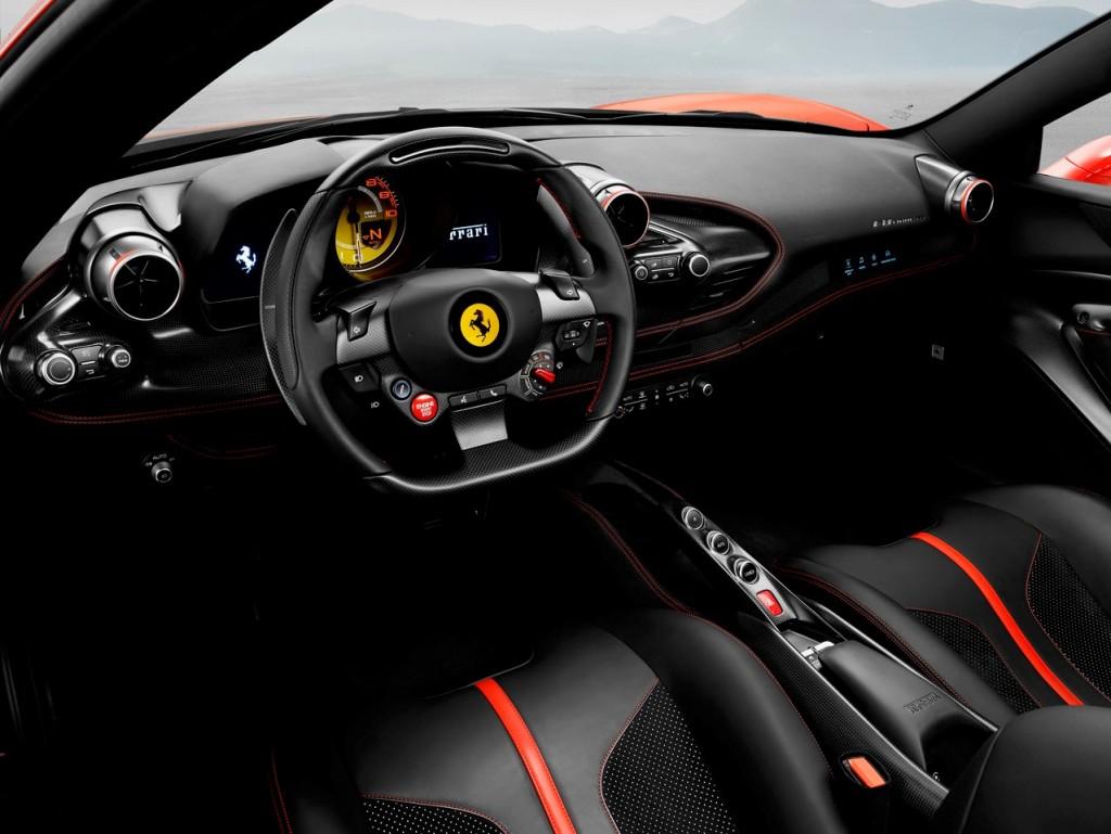Ferrari F8 Tributo4