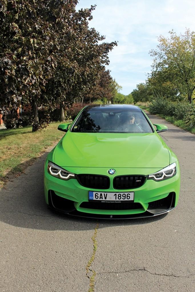 BMW M4 (2)