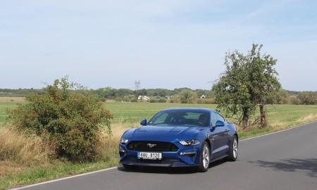 Ford Mustang (5) velká