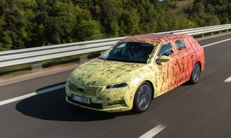 SKODA_OCTAVIA_Covered_Drive-1