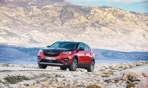 Opel-Grandland-X-PHEV 2