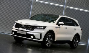 Medium-14252-All-NewKiaSorentoEuropeanSpecification
