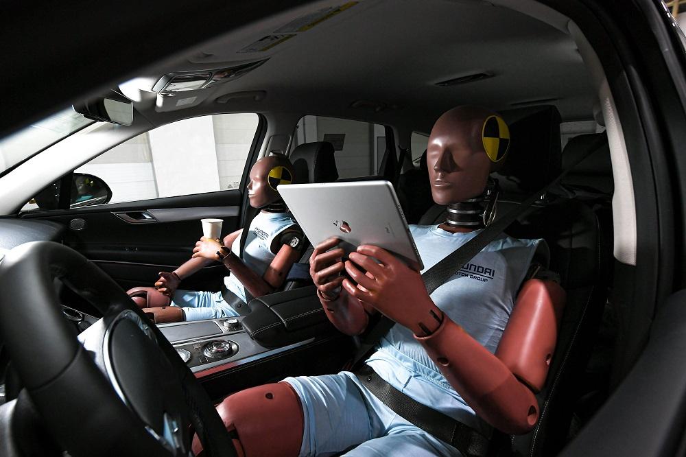 bezpečnostní systémy pro autonomní vozy