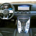 Mercedes GT interier velka