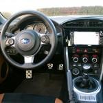 Subaru brz interier velka