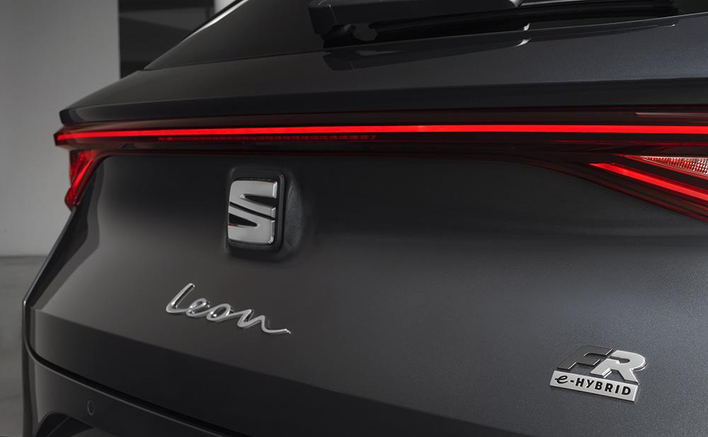 SEAT Leon e-Hybrid 057L