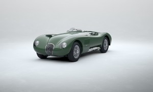 J_Classic_Ctype_280121_SuedeGreen_Foto 1