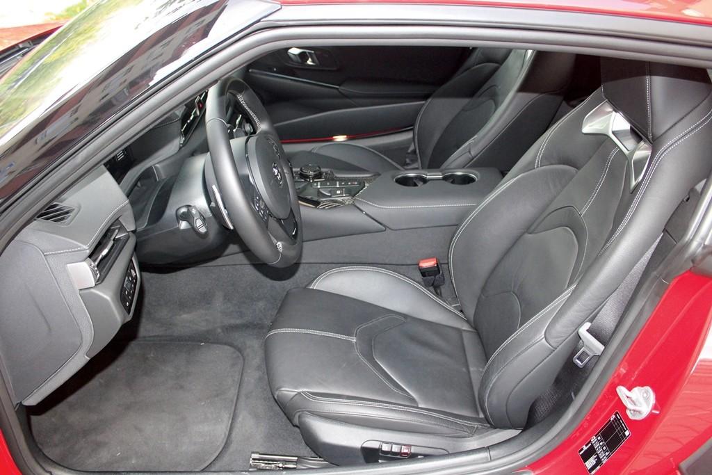 Toyota Supra (8)