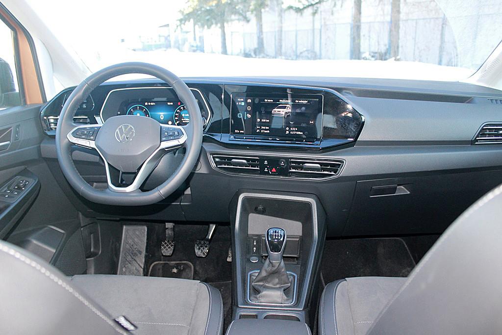 VW Volkswagen Caddy (8)
