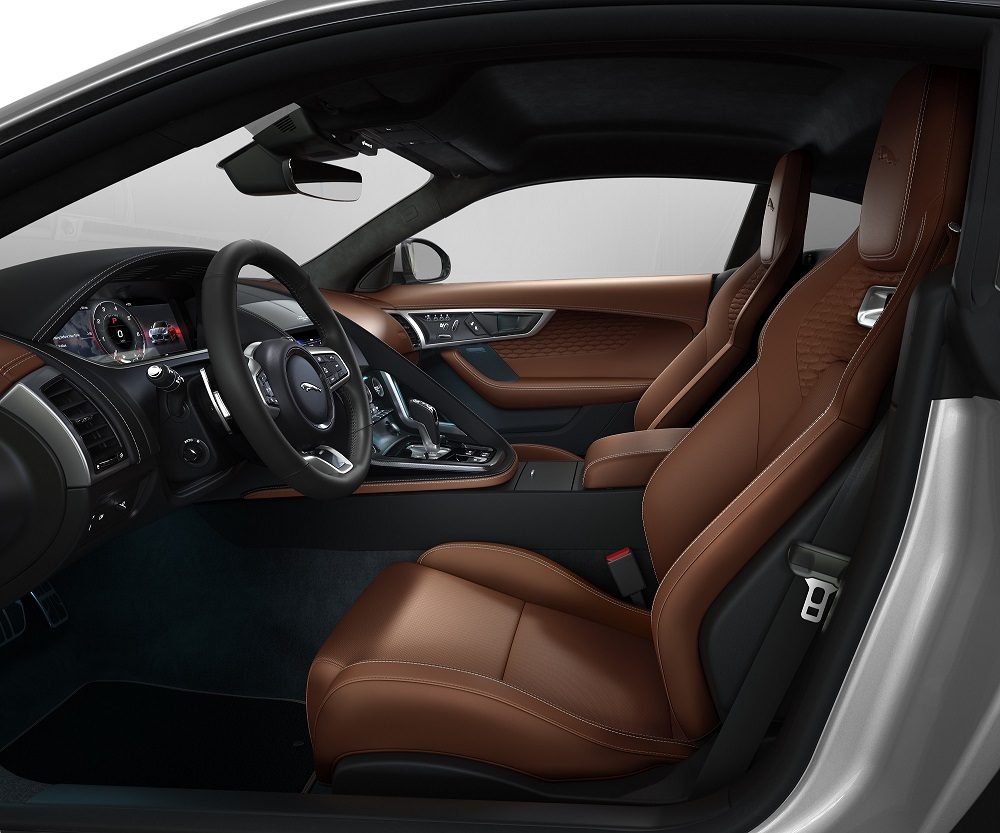Jag_F-TYPE_22MY_P450_R-Dynamic_Coupe_Interior_Foto 2