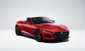 Jag_F-TYPE_22MY_R-Dynamic_Black_Convertible_Exterior_Foto 3