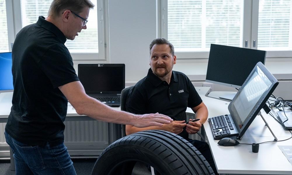 Nokian_Powerproof_SUV_Häkkinen3