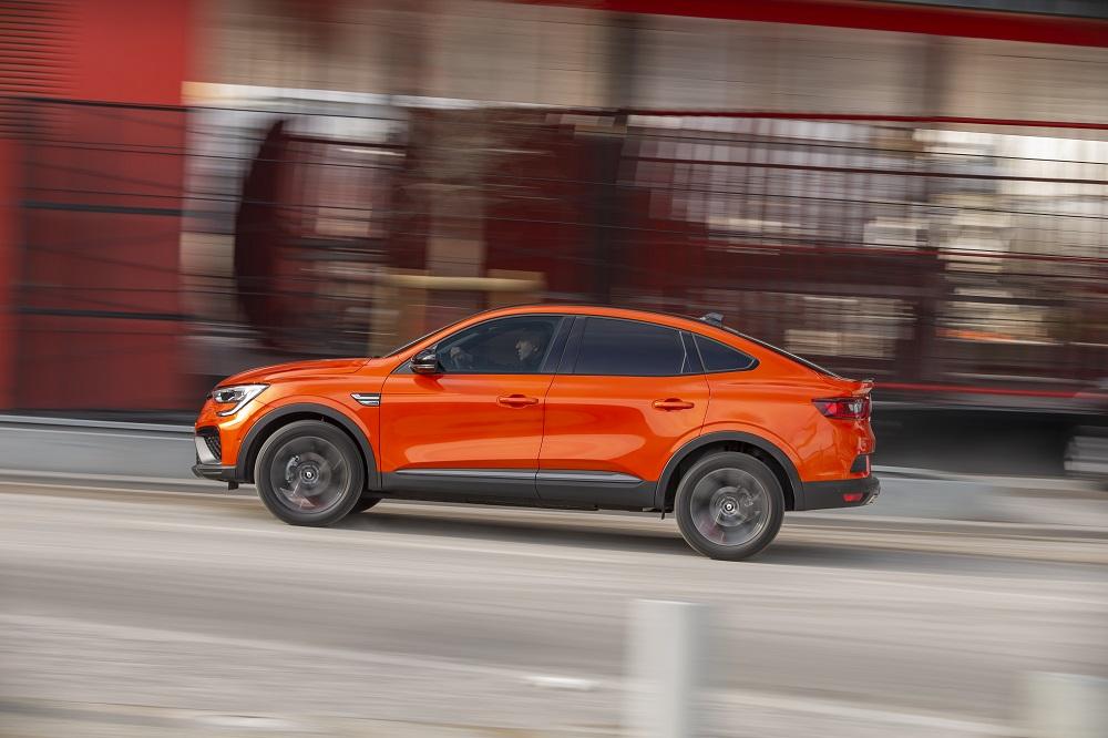 10-2021 - Essais presse Renault ARKANA - Orange Valencia