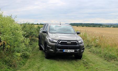 Toyota Hilux (4)
