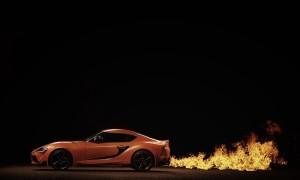 Legendární Toyota Supra ožila v oranžovém provedení 3
