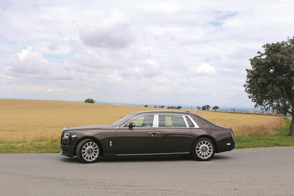 Rolls-Royce Phantom (3)