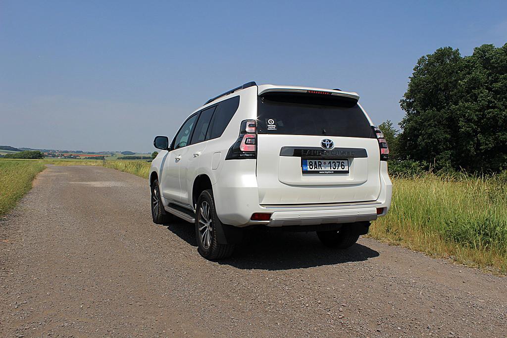 Toyota Land Cruiser (2)
